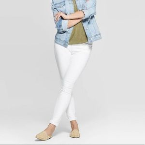 New White Skinny Jeans by Universal Thread